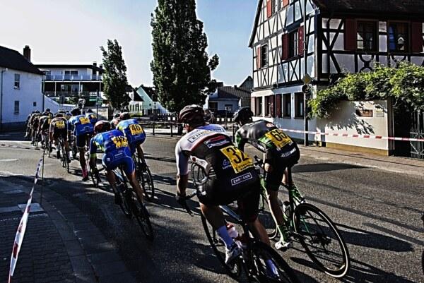 Radrennen-67105-08