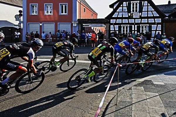 Radrennen-67105-12