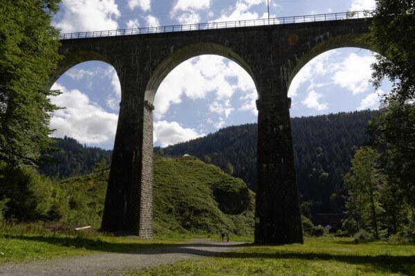 Jahr-Brücken-29
