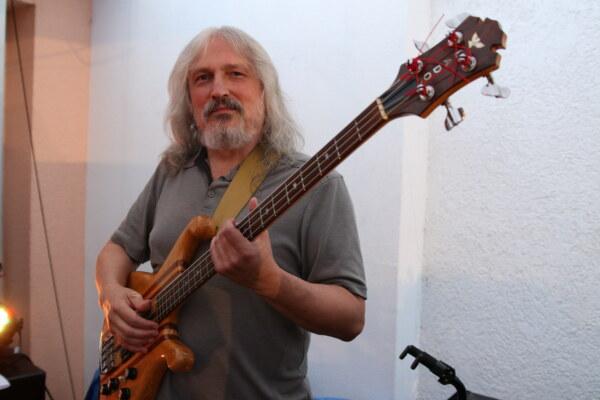 Emil Swing 03